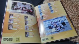 buku tahunan sekolah